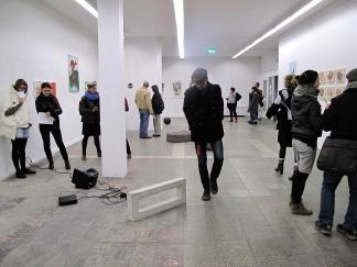 AusstellungsfotoWeAreHappyI